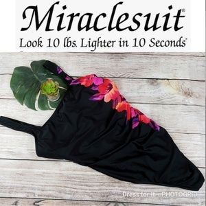 Miraclesuit Plus Swim 16 Slimming Black Aloha